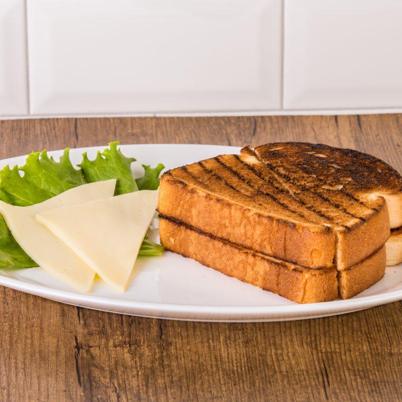 Rôties et fromage